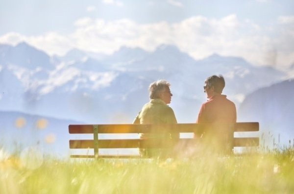 Les futurs retraités vont-ils recevoir un jour un AVS renforcé, sans 2e pilier? (Photo: Keystone)