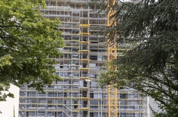 Malgré une dégradation des perspectives économiques, les prix de l'immobilier devraient prendre l'ascenseur. (Photo: Keystone/Photo d'illustration)